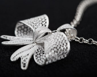 Silver Filigree Handcrafted Bowknot Necklace