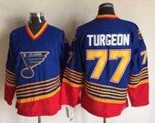 New Pierre Turgeon Stitched thowback Vintage Hockey jersey.Saint Louis Blues