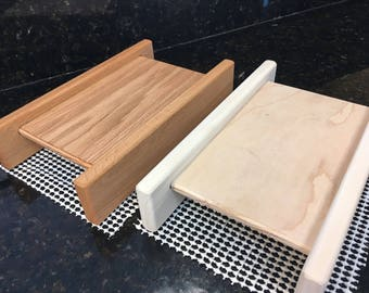 Basic One Thickness Horizontal Bread Slicing Guide.  Includes Anti slip Mat