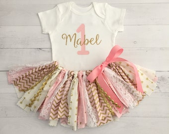 Pink and Gold Birthday Outfit with Name/Pink and Gold Arrow Fabric Tutu/Baby Girl/Shirt with Age