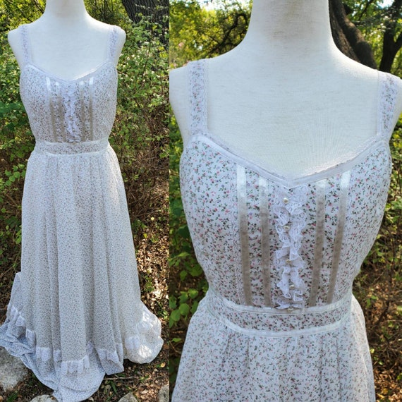 Vintage Gunne Sax Maxi Dress 13 medium floral whit
