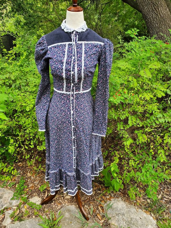 Vintage gunne sax dress 9 small navy blue midi dre
