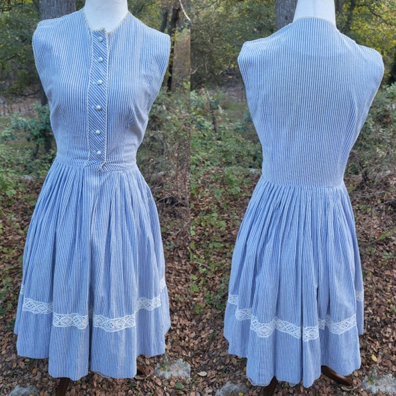 Vintage 50s dress XS fit and flare striped blue an