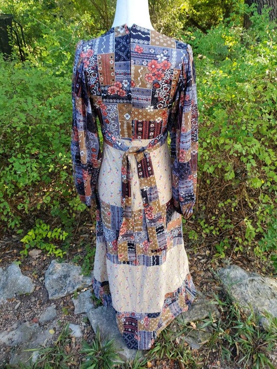 Vintage 70s maxi dress XS small patchwork floral … - image 5