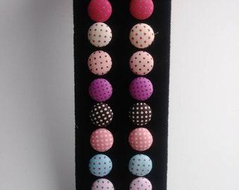 Delicate Dots post earrings