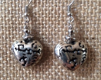 Hearts Silver Black Dangle Drop Rustic Gift Favorite Love Valentine Silver Lining Collection Free US Shipping