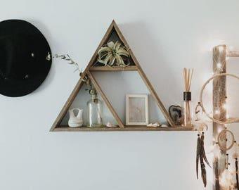Triangle Shelf/ Reclaimed Wood Shelf/ Pallet Wood Shelf/ Rustic Home Decor/ Geometric Wood Art/ Geometric Shelf/ Wood Art/ Pallet Art/ Gift