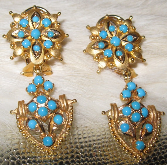 18 Karat Persian Turquoise Drop Earrings