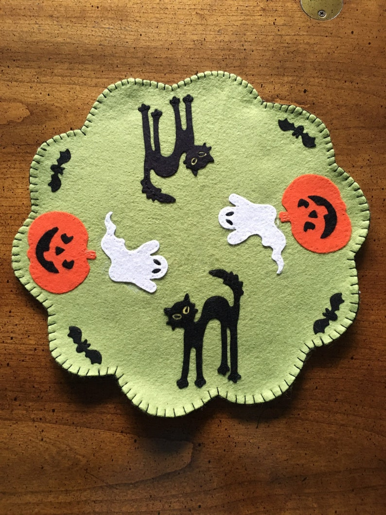 HALLOWEEN Felt Candle Mat Table Topper image 0