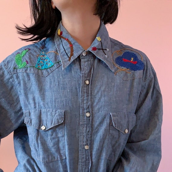 70s Vintage Western Embroidered Chambray Shirt
