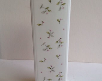 Coalport vase fine bone china