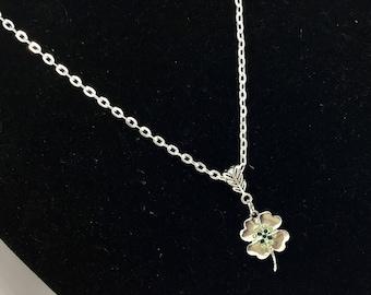 Four leaf clover necklace - green four leaf clover - four leaf clover - shamrock necklace - st Patrick day necklace - Irish necklace