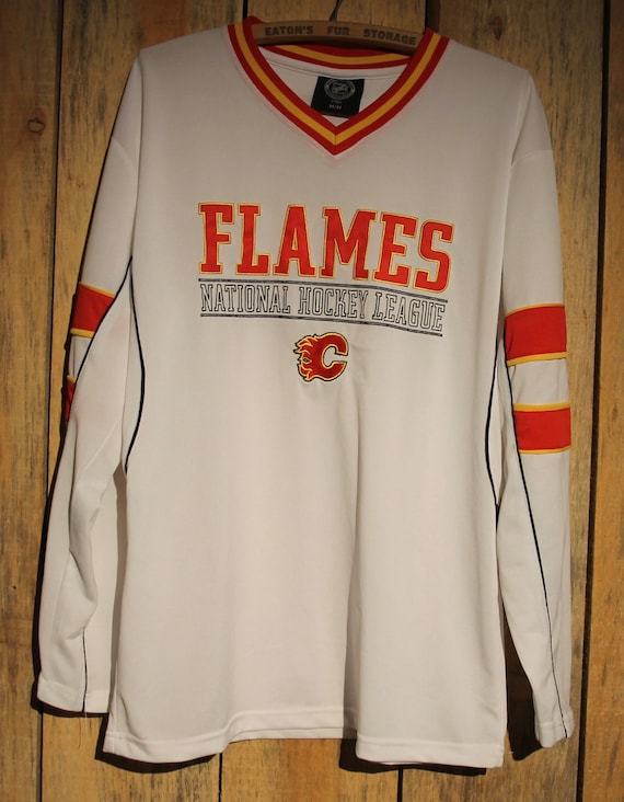 Vintage Calgary Flames NHL Hockey Jersey White Adult Size  34f0f659f398