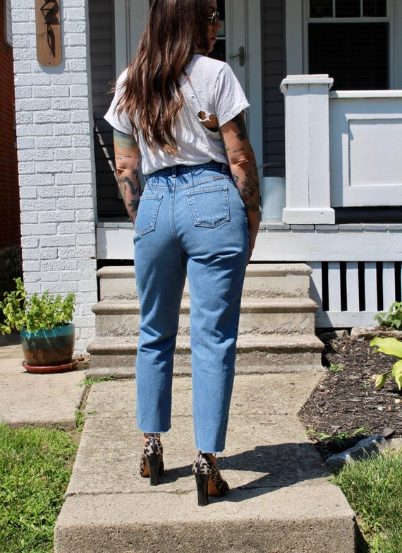 28 inch Vintage High Rise Denim Jeans