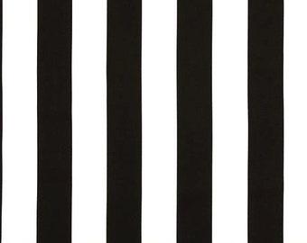 Black White Striped  Pleated Wristlet Purse, Clutch. Wallet, Zippered Pouch, Handbag.