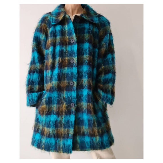 Vintage mohair fluffy tartan blocked coat m