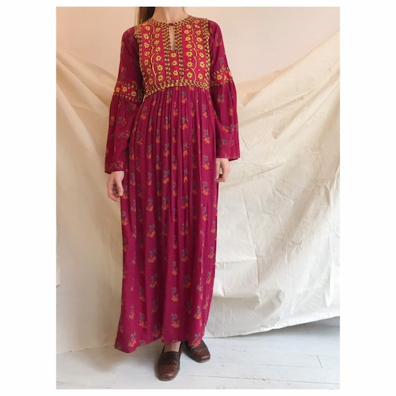 Vintage afghan kuchi embroidery dress seventies Xs