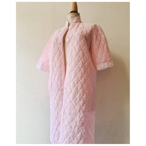 Vintage robe quilted housecoat pastel jacket s