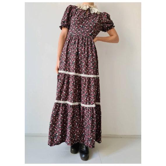 Vintage maxi prairie collar floral dress s