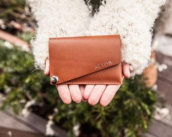 Slim leather card and cash holder, black minimal wallet