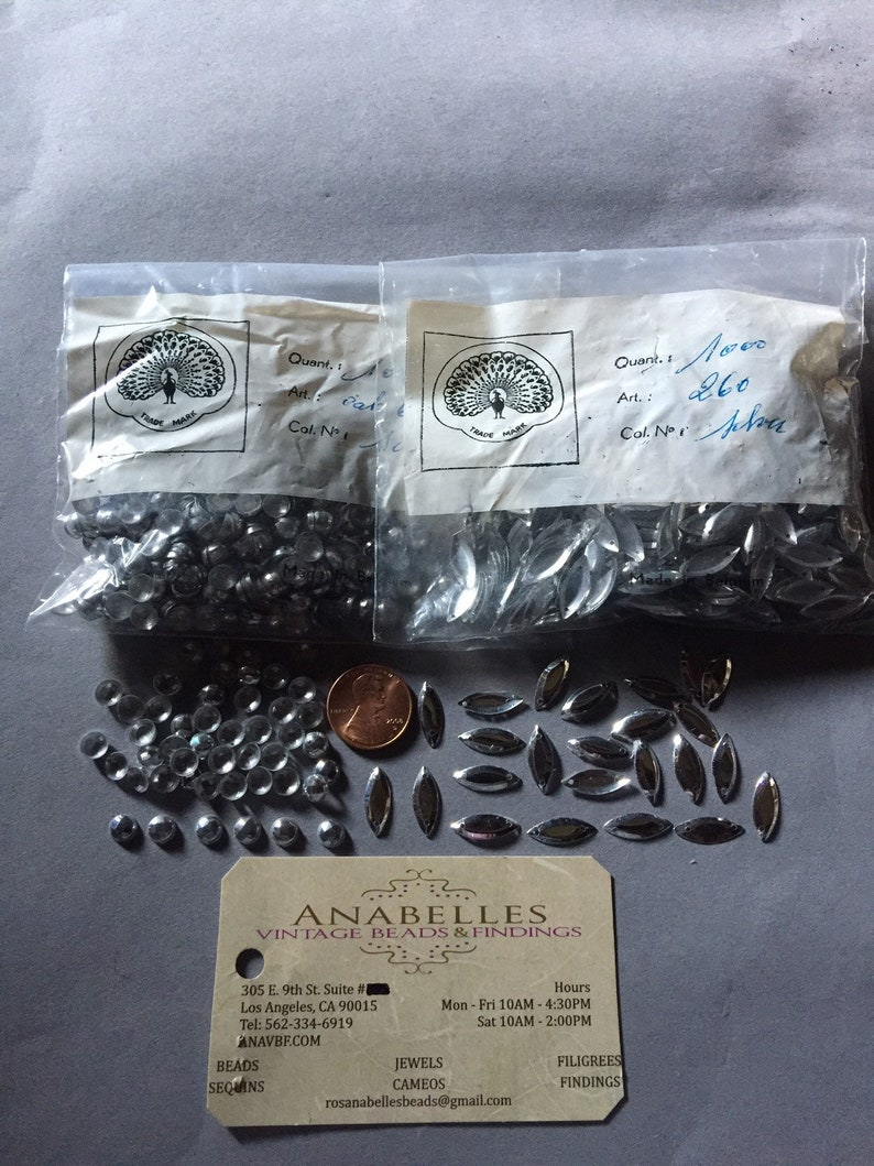 Lovely Vintage silver sequins Sequin Sold by pack of 1000 pieces. NOS
