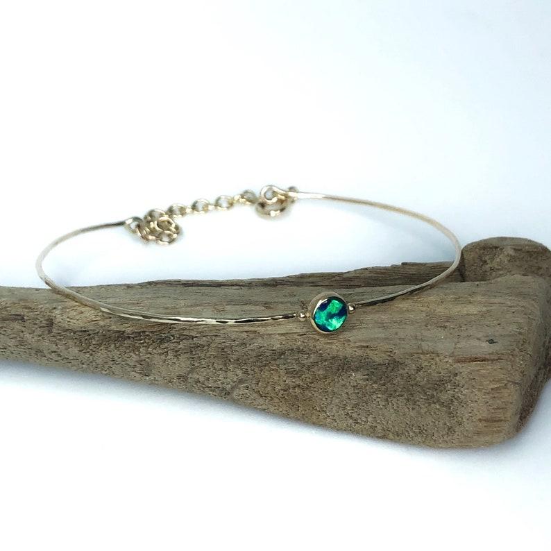 9ct gold and opal bracelet. Minimal jewellery image 0