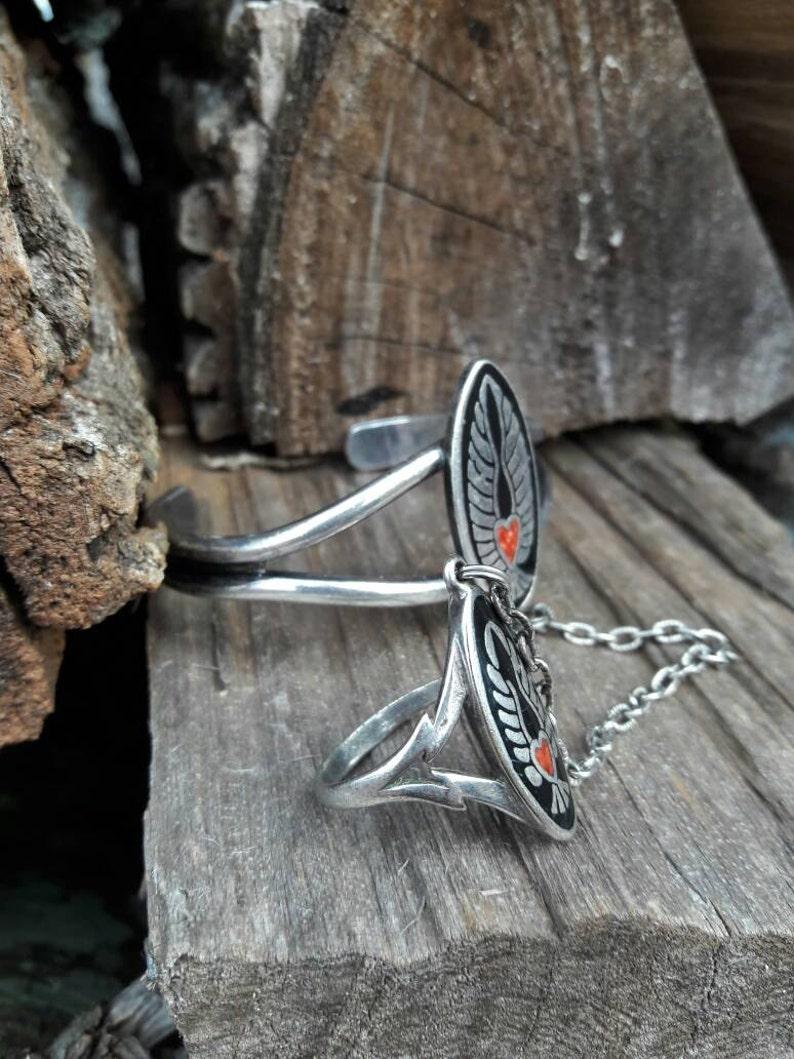 Vintage Winged Heart G/&S Slave Bracelet Ring Size 9