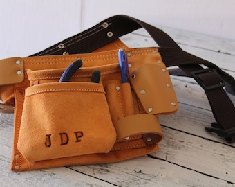Tool Belt - Monogramed Tool Belt - Perfect Wedding Gift - Batchler Party Gift - Groomsmen Gift - Fathers Day Gift-