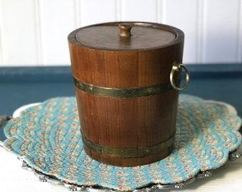 Vintage Wooden Ice Bucket, Wood Ice Buckets, Old Retro Barware, Champagne Bucket, Rustic Farmhouse, Small Barrel Film Props, Miniature Pail