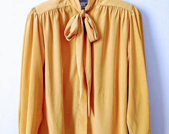 Vintage 80s-90s Evan Women\u2019s SM Picone Long Sleeve Geometric Circle Print Button Up Blouse