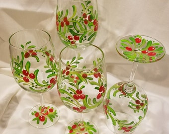 Christmas Wine Glasses,Holly Wine Glasses,Hand Painted Holiday Wine Glasses