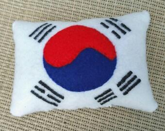 Korean Flag Cat Toy