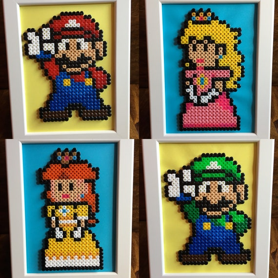 Mario Luigi Princesse Peach Et La Princesse Daisy Pixel Art Encadré A5 Perle Photo Disponible En Tant Quindividus Ou Comme Un Ensemble De 4