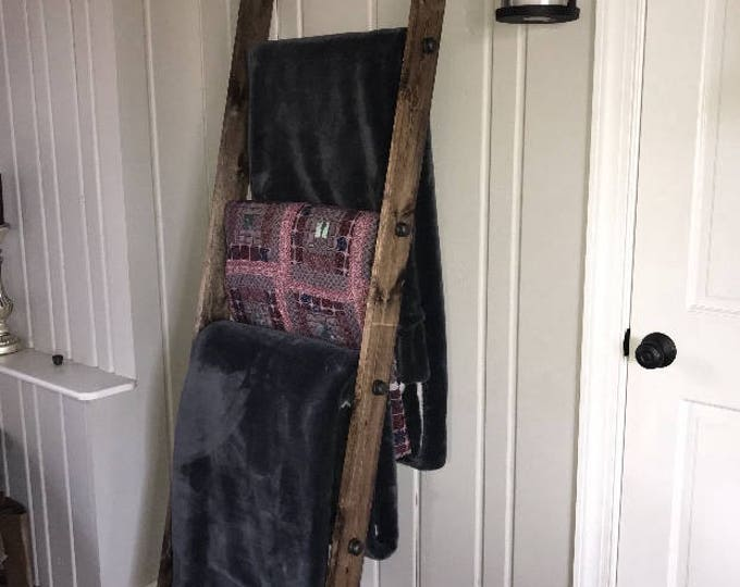 Rustic 6FT Industrial Pipe and Wood Blanket Ladder - Wood Quilt Ladder - Rustic Quilt Blanket Ladder - Pipe Decor Blanket Ladder