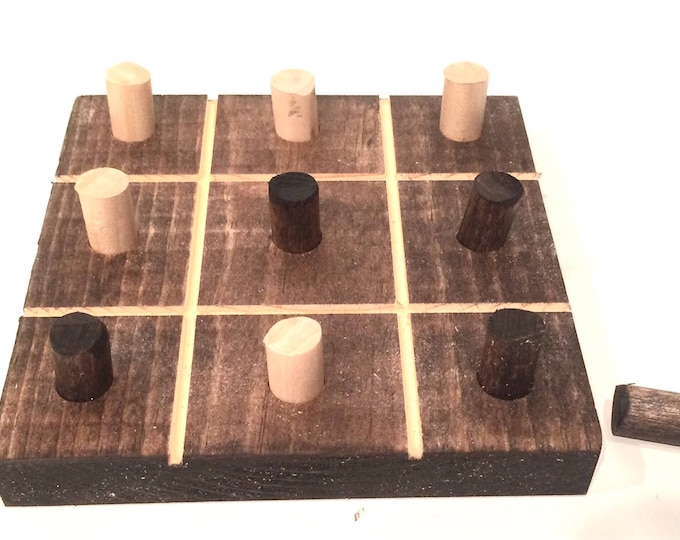 Tic Tac Toe Board (Pick your own stain)(Custom Colors Available on request)