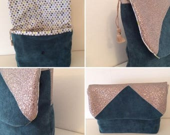 Evening clutch bi velvet and embossed canvas material