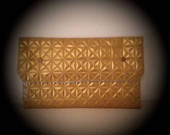 Evening bag or ceremonial gold