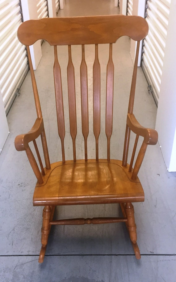 Awe Inspiring Vintage Maple Rocker Made In Yugoslavia Has An Arrow Back With Plank Bottom Seat And Turned Legs Please Note Shipping Instructions Ocoug Best Dining Table And Chair Ideas Images Ocougorg
