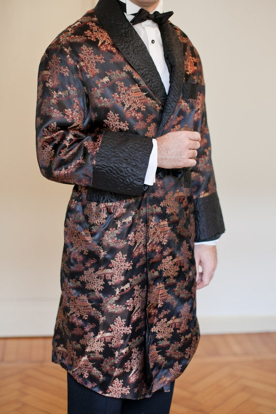 Vintage satin Smocking oriental style men jacket.