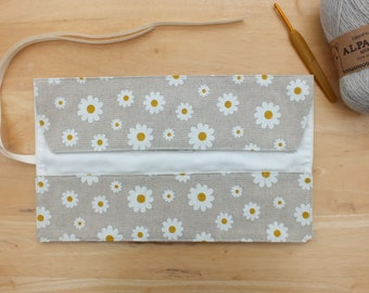 Daisy Crochet Hook Case, Storage Organizer, Roll Up Hook Holder