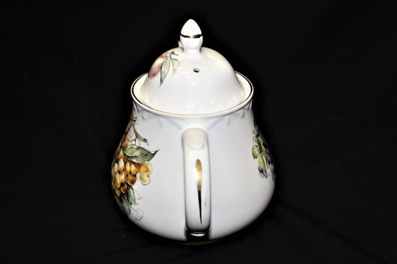 Vintage Mid Century Staffordshire England Arthur Wood /& Son Porcelain 4 Cup Teapot Pattern #6361 Hard To Find Artist Signed Fruit Pattern