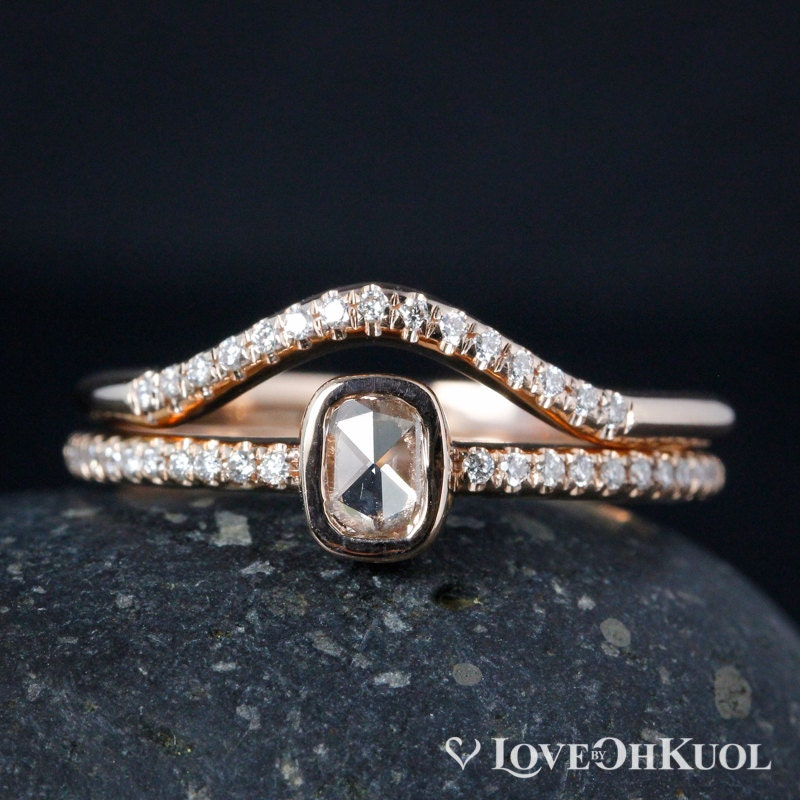 bague en or rose diamant rose coussin diamond cut courbe etsy. Black Bedroom Furniture Sets. Home Design Ideas