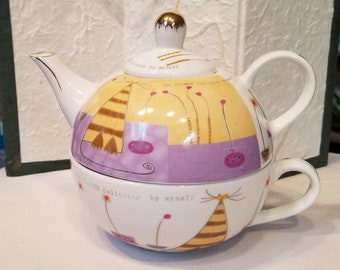 Porcelain Tea-for-One - and a cat!