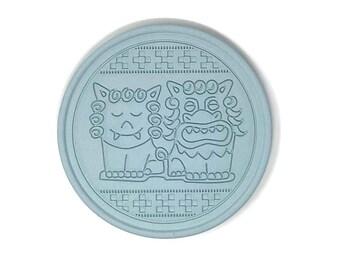 Coaster made of roof tile clay from Okinawa | Made In Japan | Pair Shisa (Cartoon-ish)