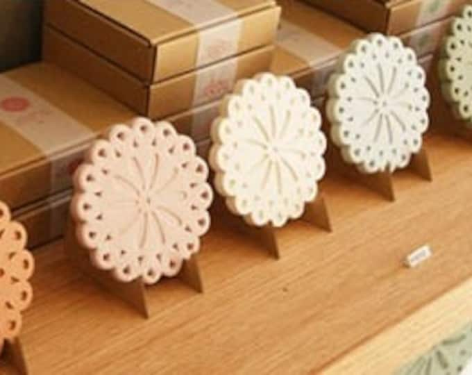 Hand Made Coaster (made of roof tyle clay) | Flower