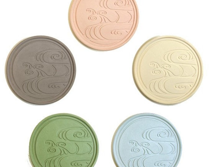 Coaster made of roof tile clay from Okinawa | Made In Japan | Wave