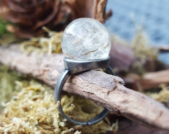 Dandelion Wish Ring. Adjustable brass and resin ring filled with magical dandelion wishes.