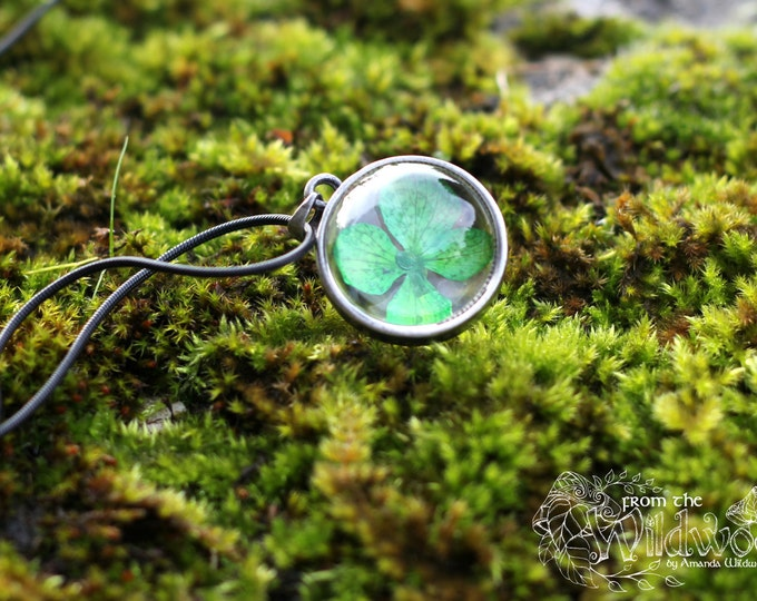 GLASS ORB LEAF NECKLACE.  Botanical specimen terrarium necklace.