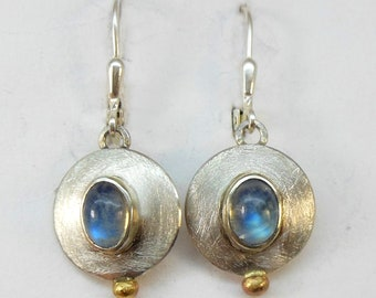 Earrings with moonstone, silver and gold