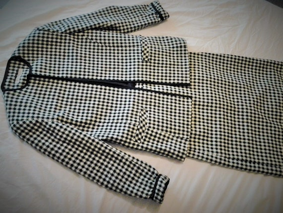 Vintage Wool Blend Houndstooth Black White Suit   Skirt And Coat   Ladies Size 10  Corporate Suit by Etsy
